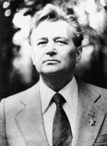Олесь Гончар - фото