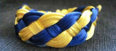 Браслет плетений жовто-блакитний