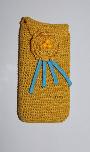 Чохол на телефон в'язаний жовтий