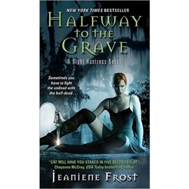 Night Huntress. Book 1: Halfway to the Grave - фото книги