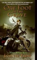 Night Huntress. Book 2: One Foot in the Grave - фото обкладинки книги