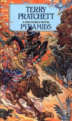 Pyramids (A Discworld Novel 7) - фото книги