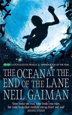 The Ocean at the End of the Lane - фото книги