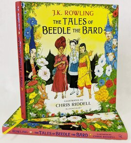 The Tales of Beedle the Bard - Illustrated Edition : A magical companion to the Harry Potter stories - фото книги